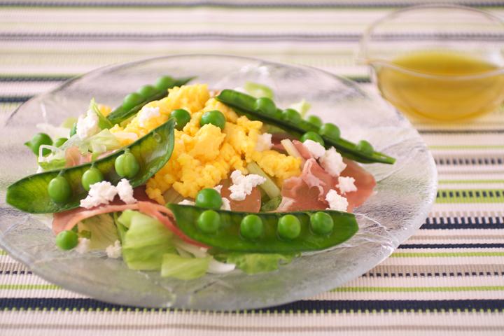グリンピースのミモザ風サラダ