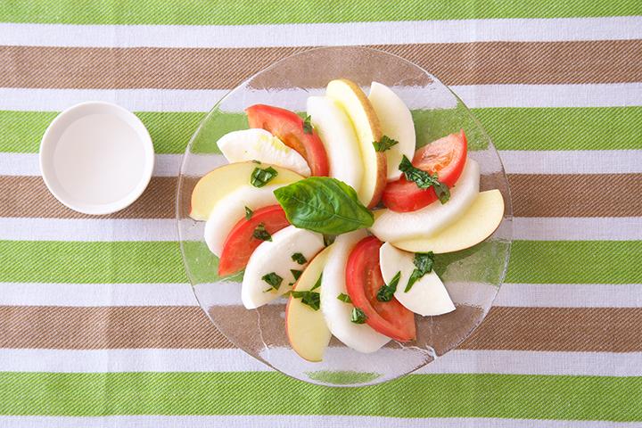 梨とモッツアレラチーズのカプレーゼ