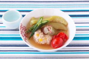 夏野菜と鶏つくねの煮びたし